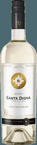 La Santa Digna Sauvignon Blanc Reserva de Miguel Torres Chili est un vin blanc frais de la Vallée Centrale du Chili. Dans le verre, ce vin apparaît dans une couleur jaune pâle brillante avec des reflets verdâtres Le bouquet extrêmement frais contient des groseilles noires, des feuilles de groseille et des fleurs de Cassis ainsi que des arômes de mangue, d'agrumes et de citron vert, des baies d'oie vertes et des fines herbes. En bouche fraîche, ce vin blanc chilien se révèle avec un merveilleux équilibre entre acidité vive, fruits juteux et fraîcheur aromatique. La réverbération élégante révèle également beaucoup de fruits frais de cassis. Au Chili, le carrefour qui a marqué la transition des zones urbaines aux zones rurales s'appelait Santa Digna. Ils agissaient comme une sorte de pierre de démarcation qui représentait le symbole de la croissance et de la prospérité et promettaient toute protection qui se déplaçait d'une région à l'autre. Recommandations alimentaires pour le Santa Digna Sauvignon Blanc Reserva Savourez ce vin blanc sec du Chili avec toutes sortes de plats de la cuisine asiatique ou avec du poisson cuit au four et du pain frais de poulet. Mais aussi bien refroidi en apéritif, ce vin est un délice.